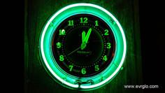 Glo Dial Vinatge neon clock