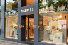 Report: Hermès Birkin Bags Are Better Investment Than Stock or Gold