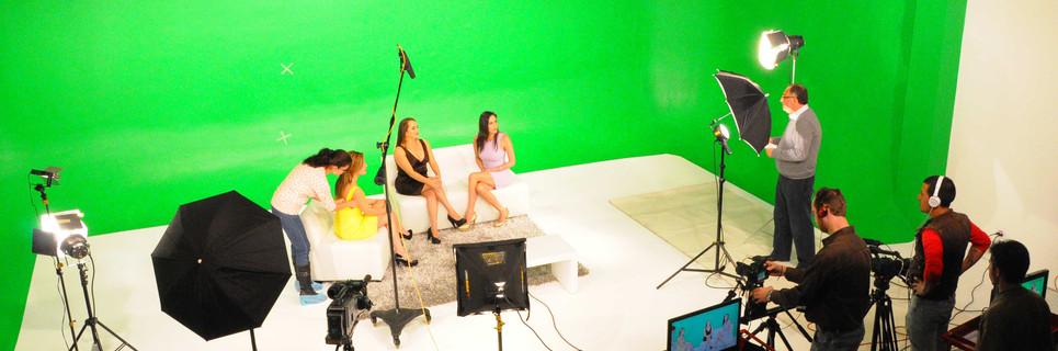 SET de TV 2.jpg