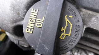 OVERFILLING ENGINE OIL: WHAT TO DO WHEN THERE'S TOO MUCH OF A GOOD THING
