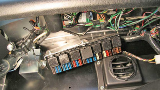 WHAT IS A FUSIBLE LINK AND HOW DO YOU REPAIR ONE IN YOUR CAR?