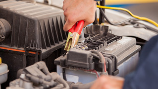 IF YOUR CAR BATTERY WON'T HOLD A CHARGE, TRY THESE 4 STEPS