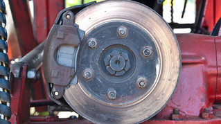 BRAKE ROTOR REPLACEMENT OR RESURFACING: WHAT'S THE BETTER CHOICE FOR YOU?