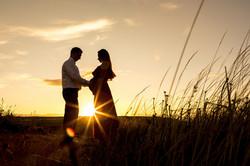 sunset pregnancy photoshoot
