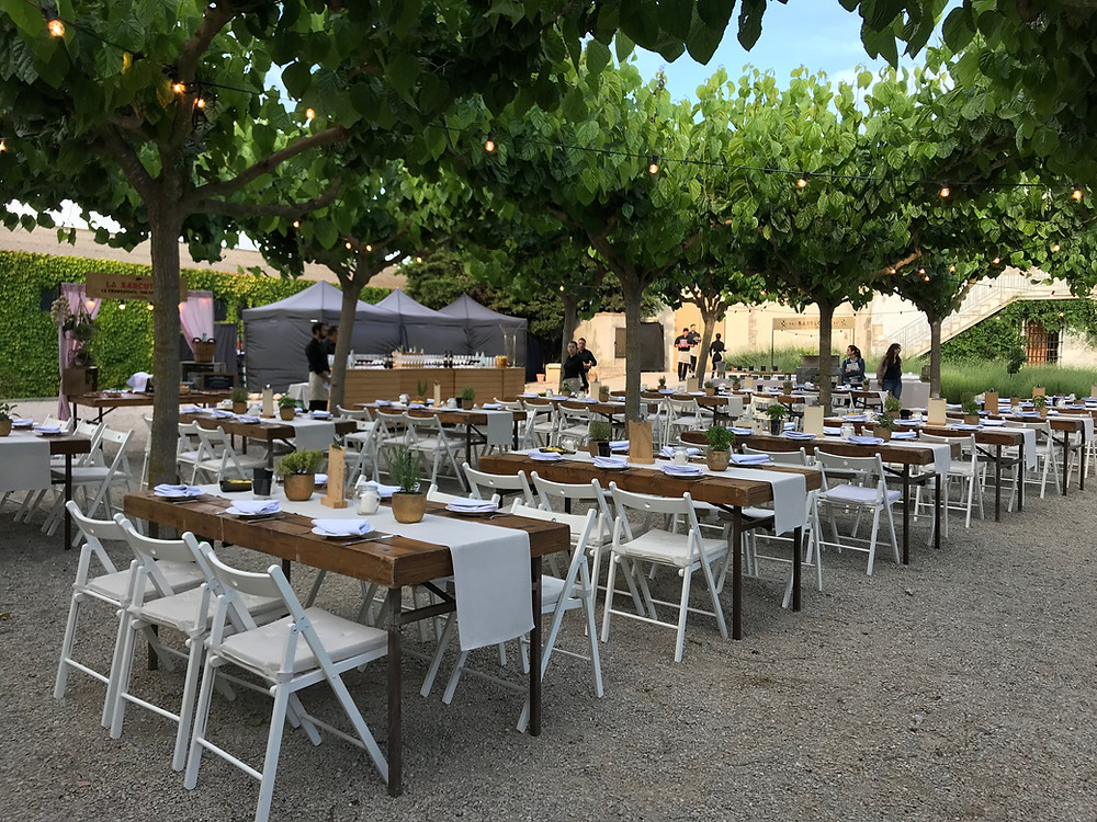 outdoor venue event tables chairs garden outside barcelona