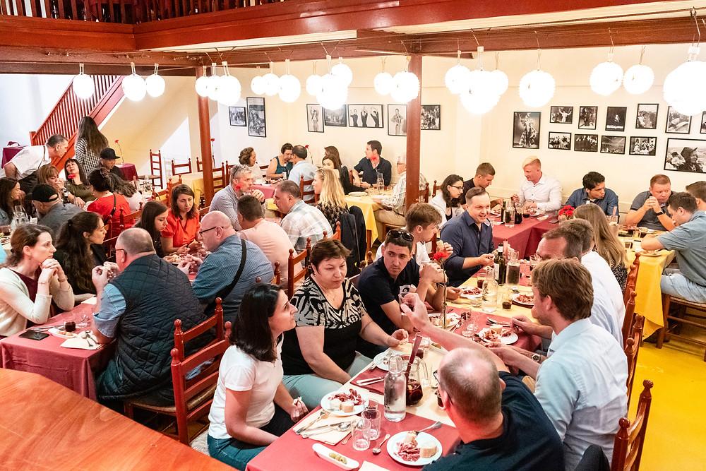 event barcelona corporate teambuilding dinner