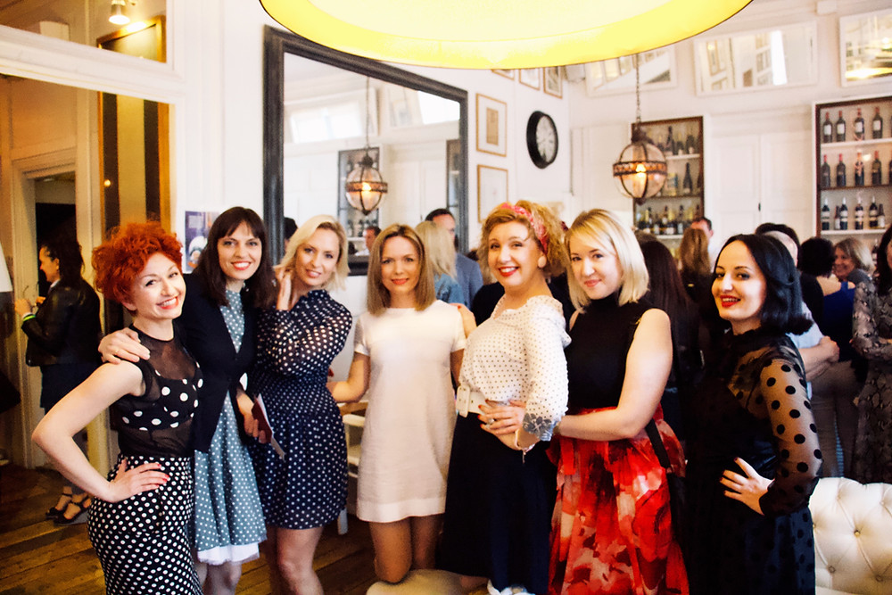 girls party reunion polka dot dress event agency barcelona