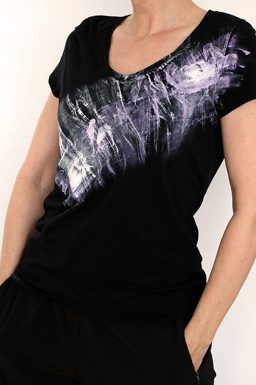 Shirt black violett v-neck