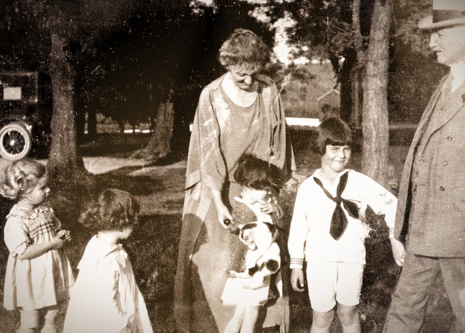 Wade Warfield and Grandchildren