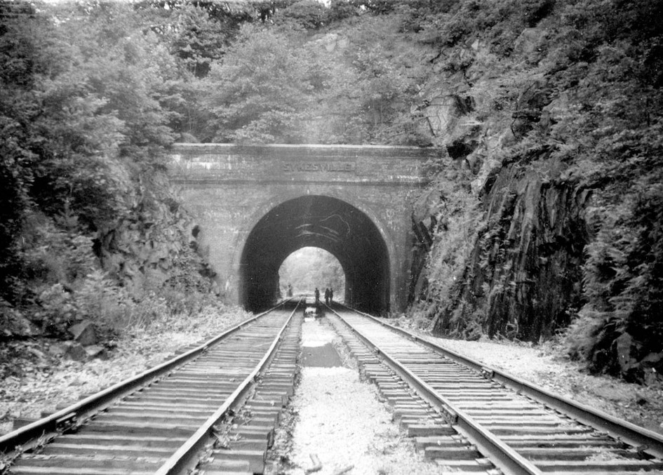 Train Tunnel Approaching Sykesville from Gaither