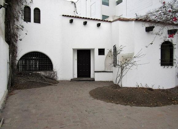 Terreno en venta en zona residencial de San Isidro - 358 m2