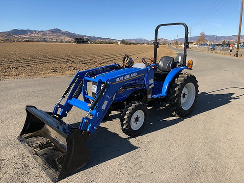 New Holland Workmaster 25 4x4 Tractor-Loader 24 HP less then 110 Hours!
