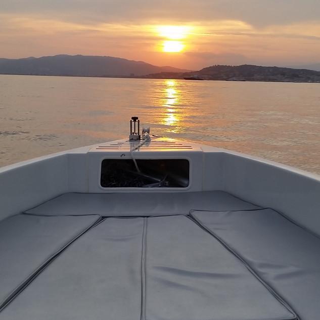 coucher de soleil en SolarBoat