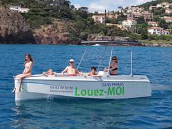 bateau sans permis convivial