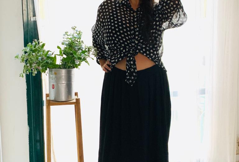 חולצת הגרושה מאיסטנבול - לבבות שחור לבן