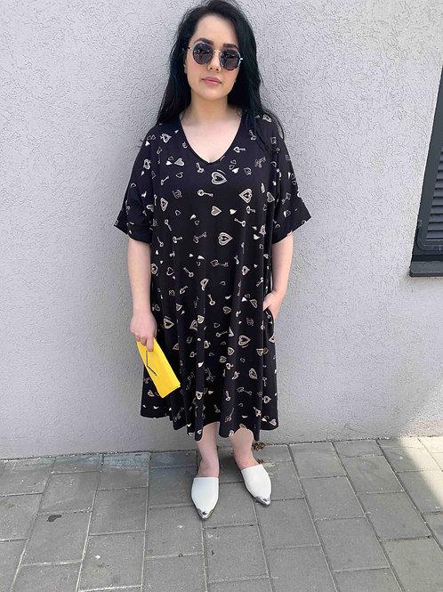 שמלת נאמבר וואן -שחור לבבות