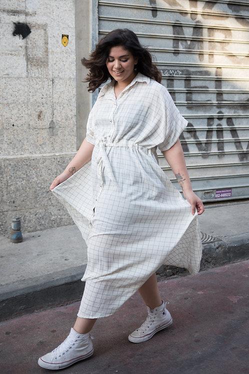 שמלת דפקתי הופעה - לבן משבצות