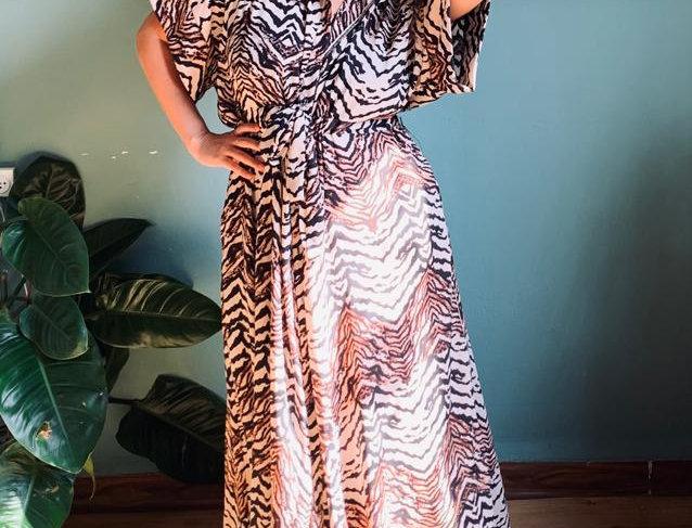 שמלת תראו אותה - זברה חום שחור