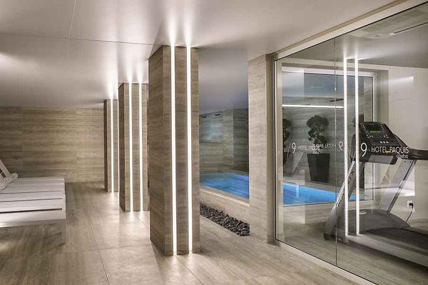 9hotel-paquis-piscine-fitness-2-.jpg