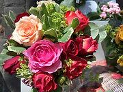 Frische Schnittblumen und Pflanzen