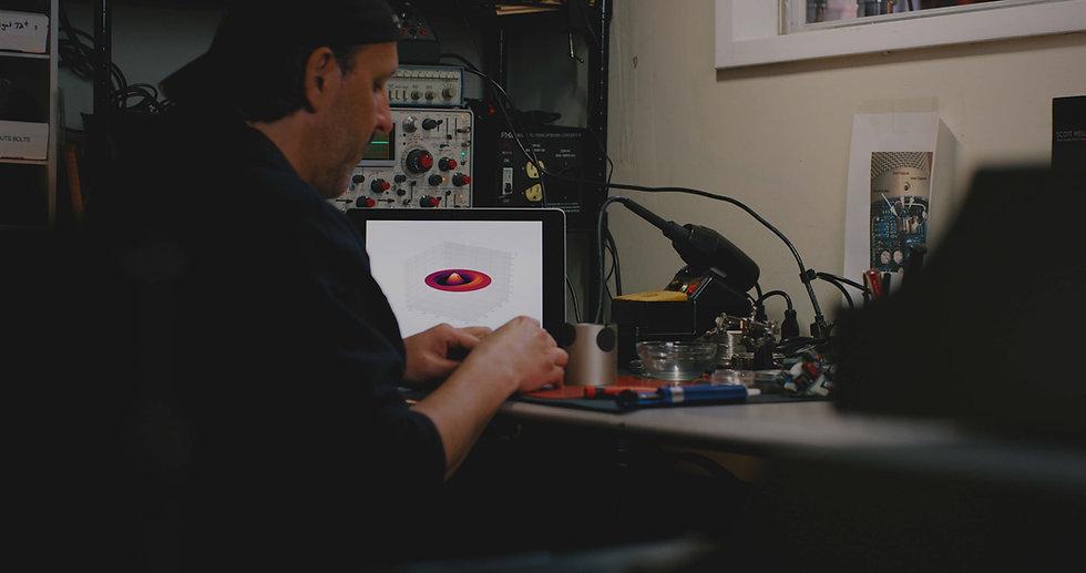 Lauten Audio Hand Built