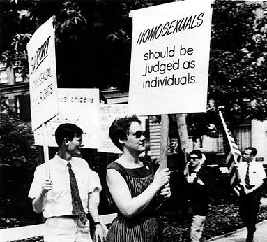 gay picket, white house, 1965 (2).jpg