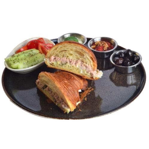 Ton Balıklı Kruvasan Sandviç