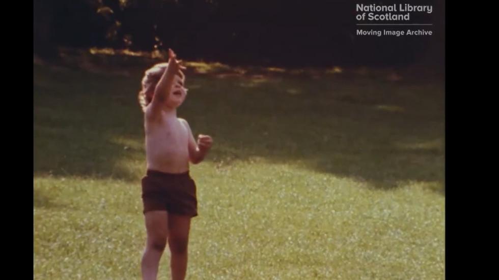 """Screenshotter--Vimeo-BridgingTheGapVisualMaterialManandWomanofTomorrow-4'42"""".jpg"""