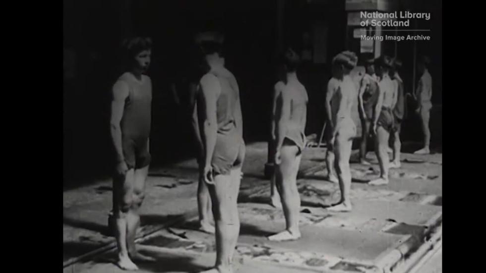 """Screenshotter--Vimeo-BridgingTheGapVisualMaterialManandWomanofTomorrow-1'32"""".jpg"""