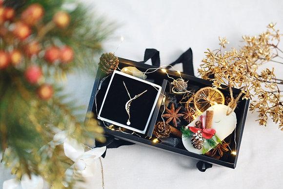 Special Christmas box x Pomona workshop (Not included jewelry)