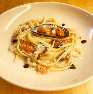 pasta-mussels.jpg