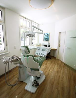 Behandlungszimmer Akazie