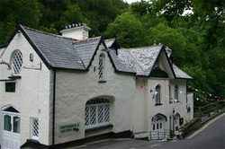 Cottage Inn, Lynbridge (Nr. Lynton)