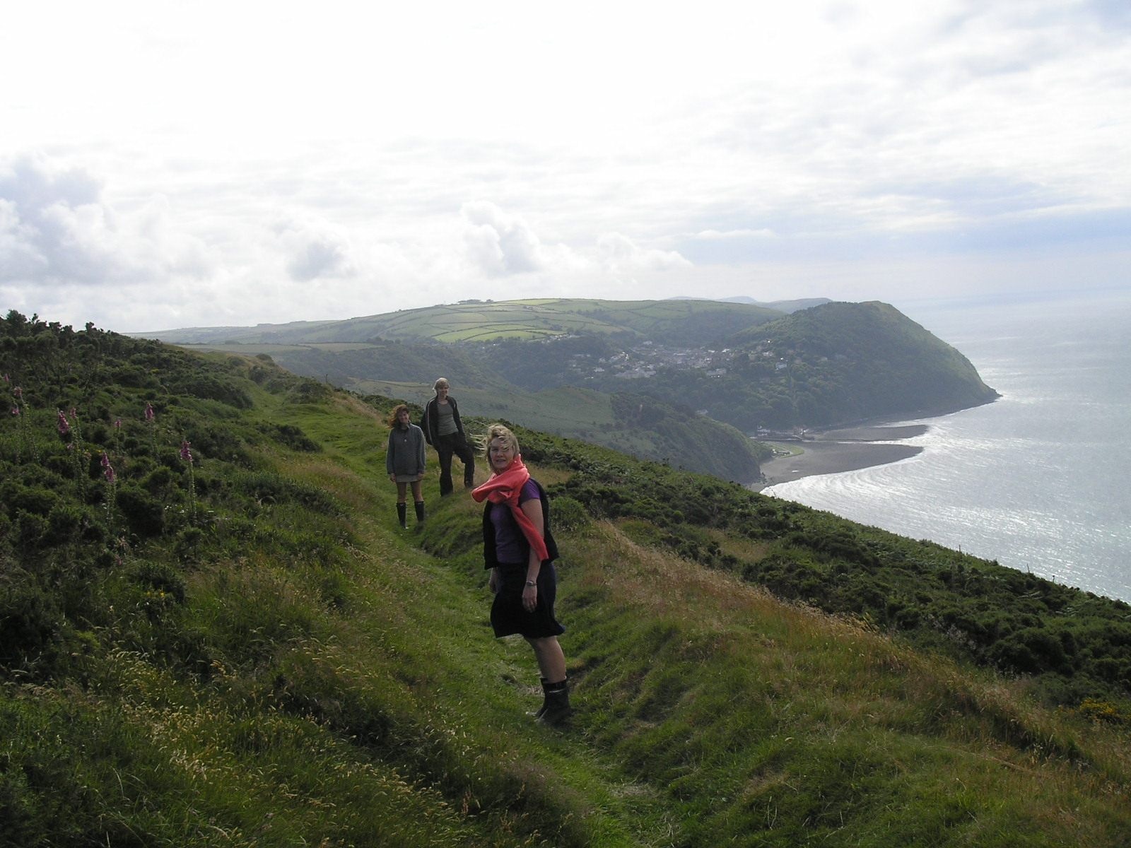 Walk to Lynton...