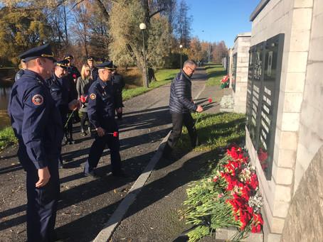 Представители ДОСААФ России Санкт-Петербурга и Ленинградской области почтили память жертв трагедии в