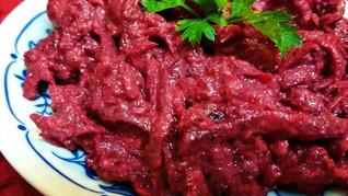 פחאלי סלק - סלט סלק גרוזיני עוקצני בתיבול צנוברים, שום ועשבי תיבול