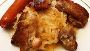 שוקרוט אלזס - תבשיל כרוב ובשר צרפתי