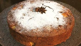 עוגת תפוחים בחושה עם דבש ותבלינים לראש השנה