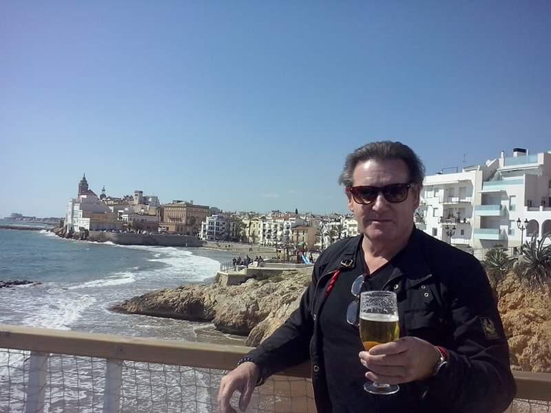 Stuart Thomson in Sitges