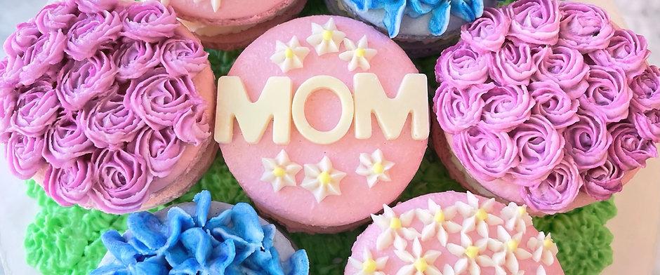 Mothers Day Garden Macaron Set