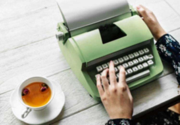 Máquina de escribir verde