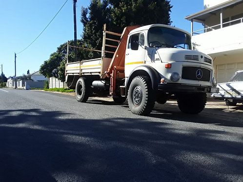 4x4 Crane Truck with driver/operator for hire