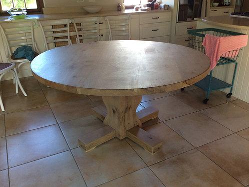 Round Table - Oak