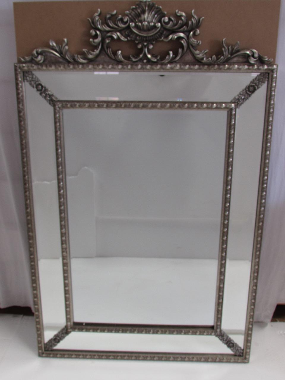 Espelho Clássico em Resina 148
