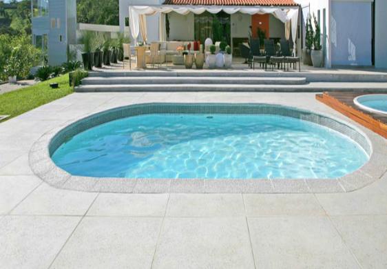 Piso e borda para piscina