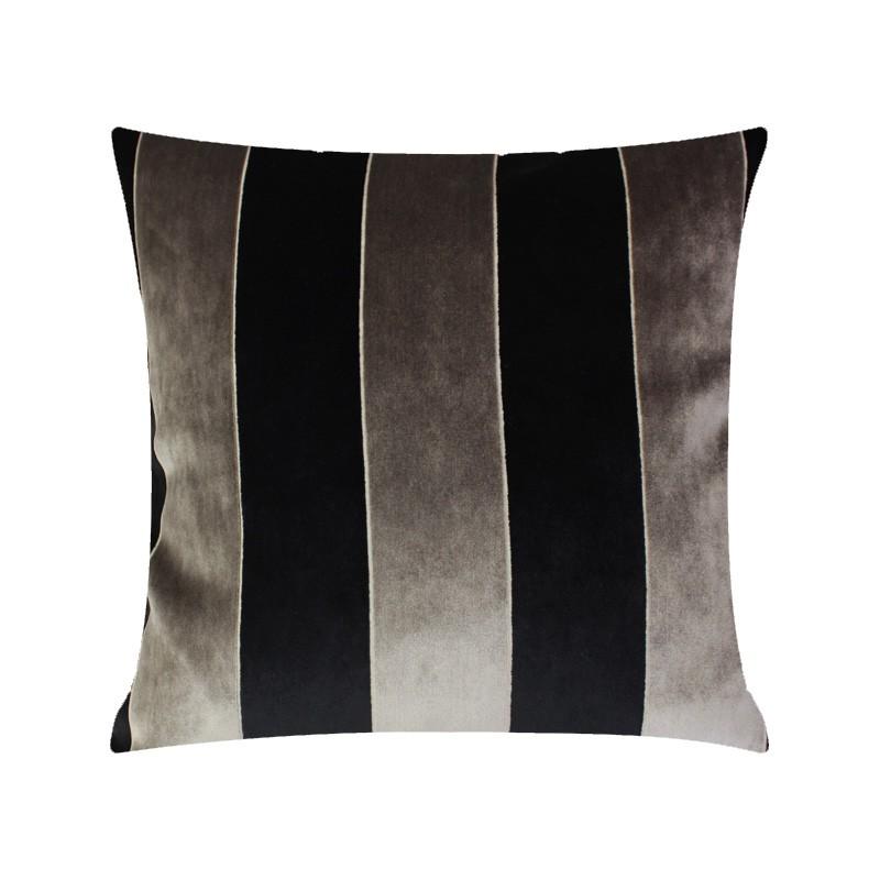 T7RK Almofada Velvetcut Stripe - Black & Grey