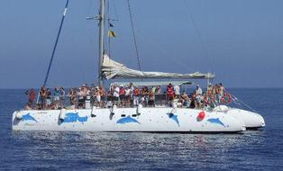 Tenerife-Catamaran-hire