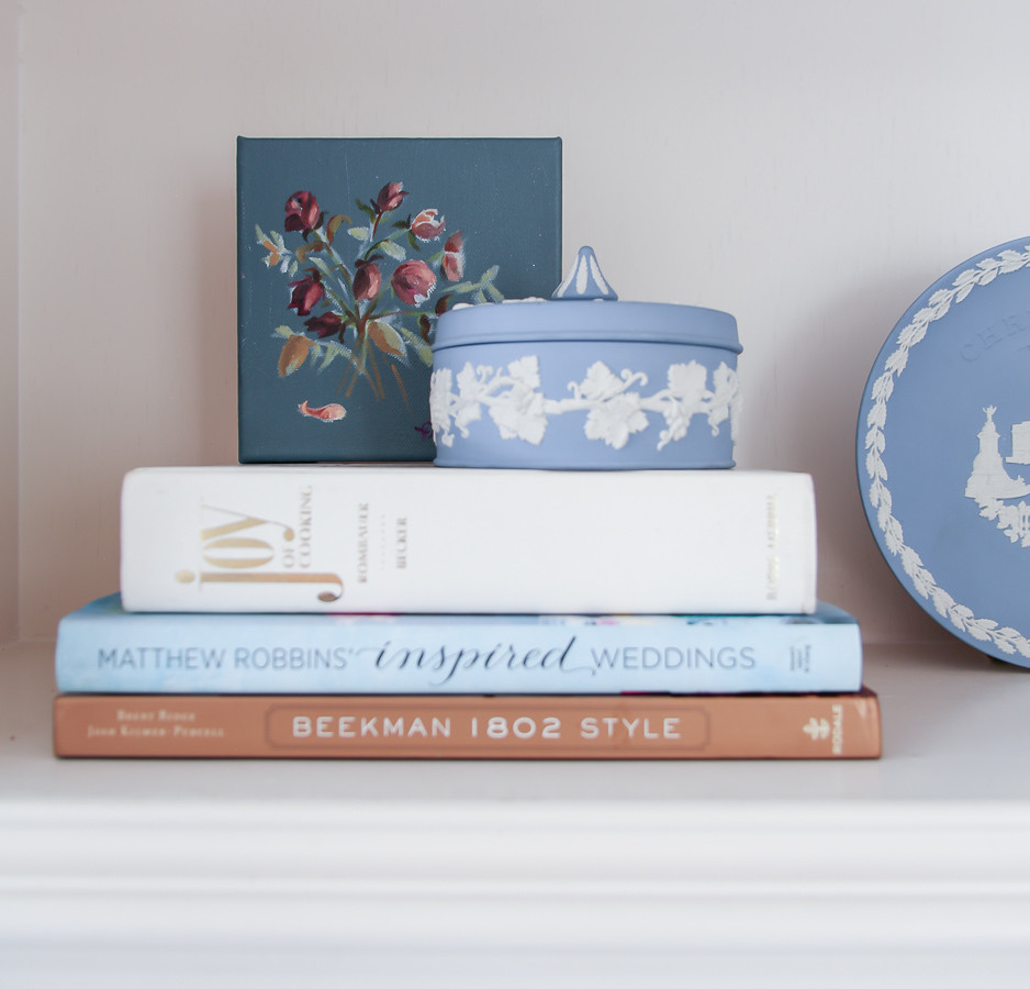 Jennifer Laura Living #StyleItNow Challenge | grandmillenial styled shelf