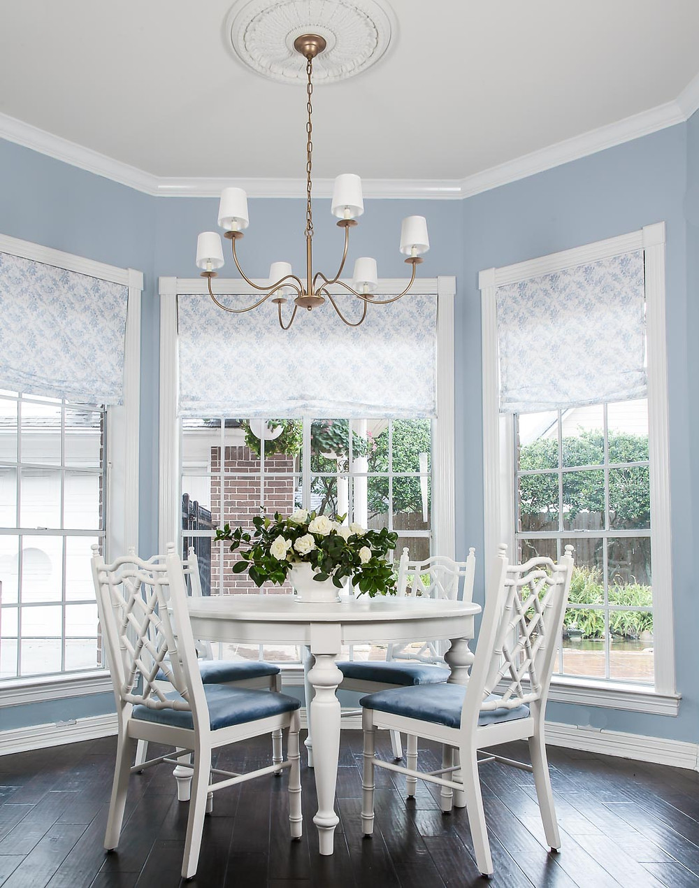 farrow and ball parma gray, blue breakfast nook