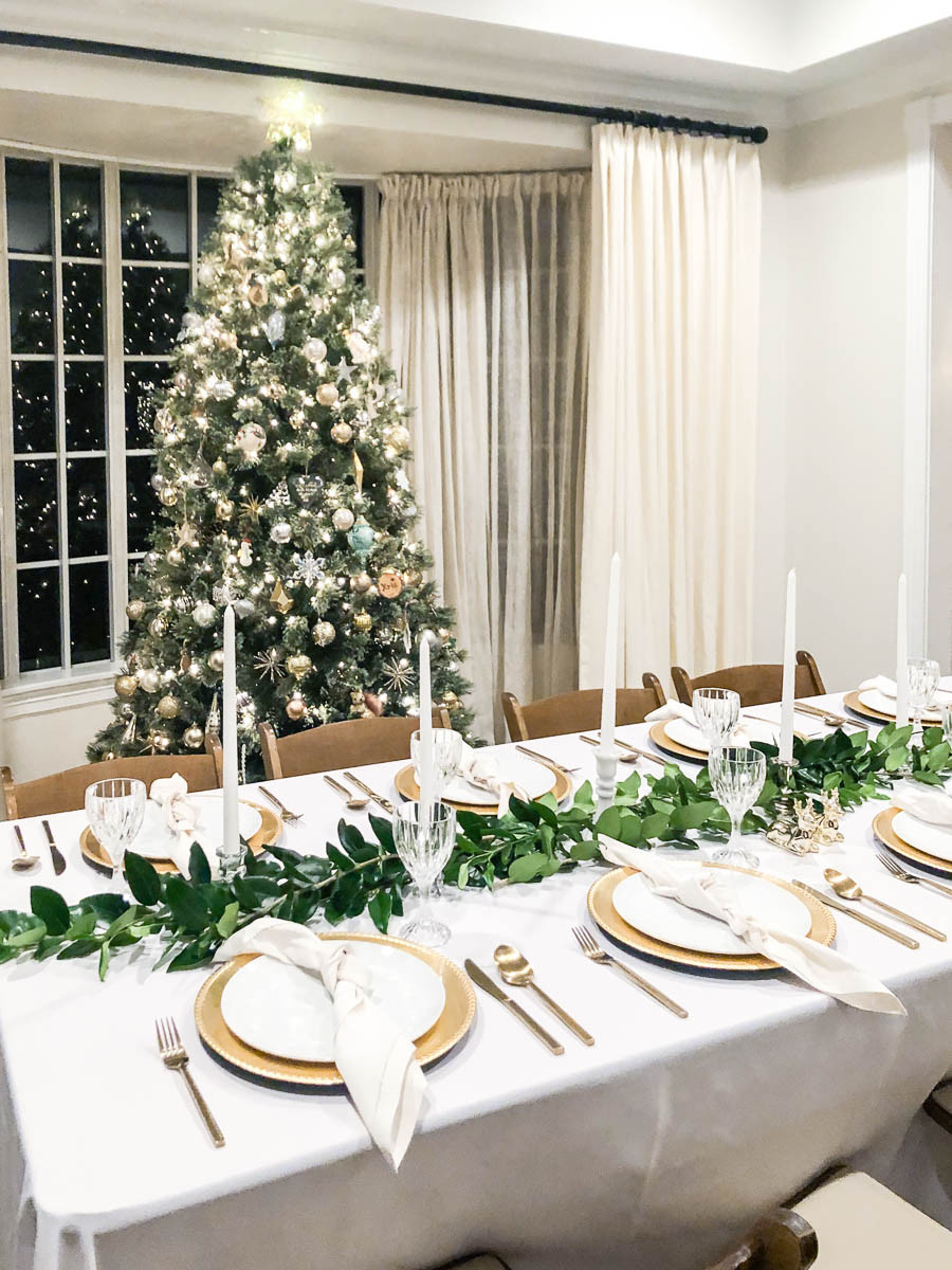 white and gold christmas dining room